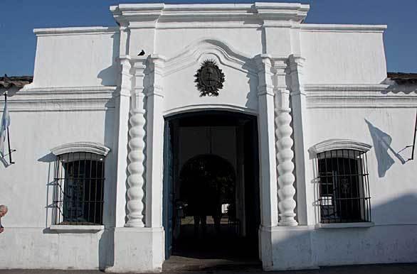 external image Casa-De-La-Independencia.jpg