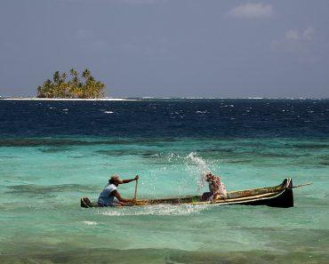 http://www.touristspots.org/wp-content/uploads/2010/01/San-Blas-Archipelago-370x297.jpg