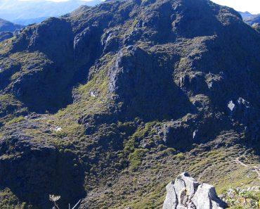 http://www.touristspots.org/wp-content/uploads/2011/03/Chirripo-Mountain-370x297.jpg