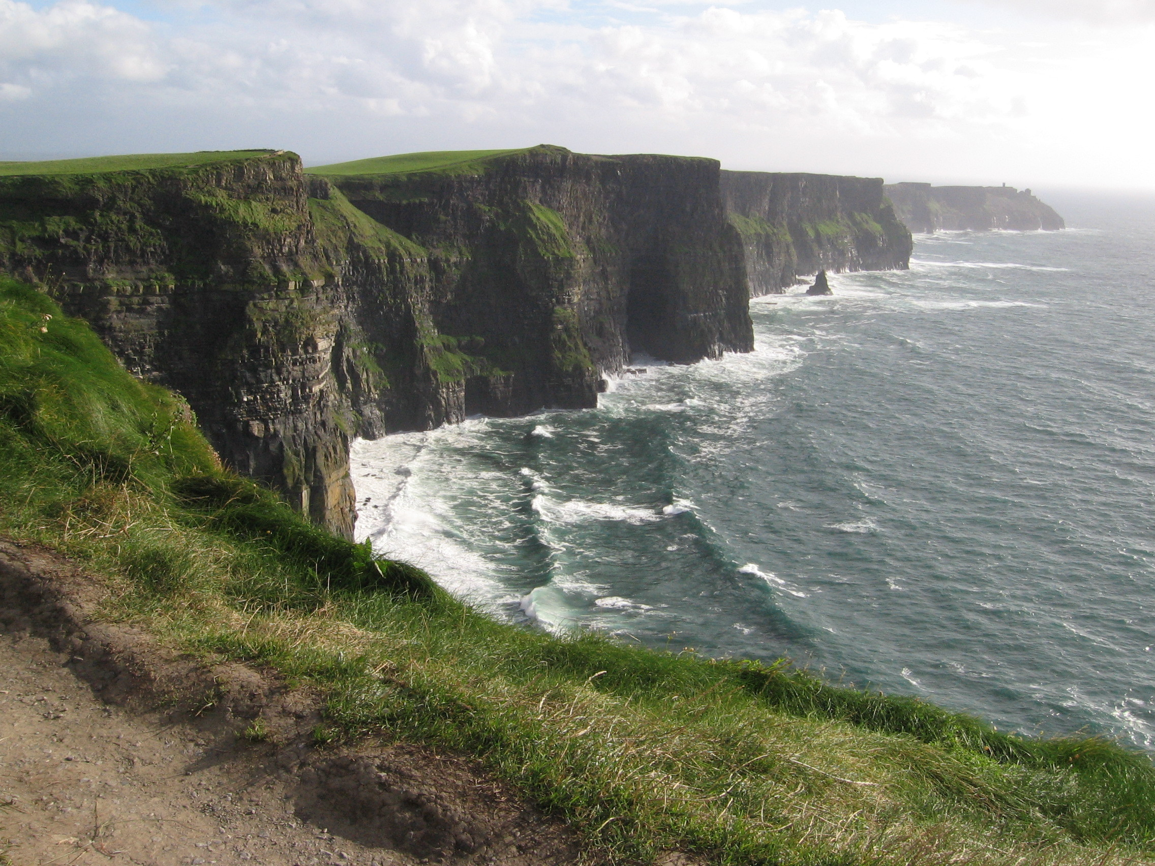 Philippines view spots and places cliffs of moher in liscannor ireland - Cliffs of moher pictures ...