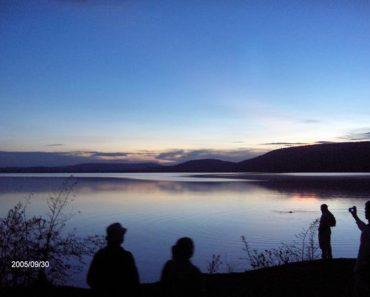 http://www.touristspots.org/wp-content/uploads/2011/03/Lake-Mburo-National-Park-370x297.jpg