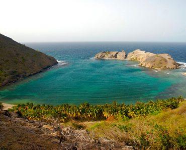 http://www.touristspots.org/wp-content/uploads/2011/05/Grand-Anse-Bay-370x297.jpg