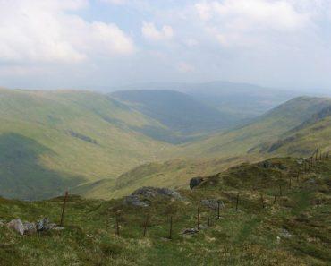 http://www.touristspots.org/wp-content/uploads/2011/06/Eastern-Highlands-370x297.jpg