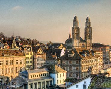 http://www.touristspots.org/wp-content/uploads/2011/06/Zurich-370x297.jpg